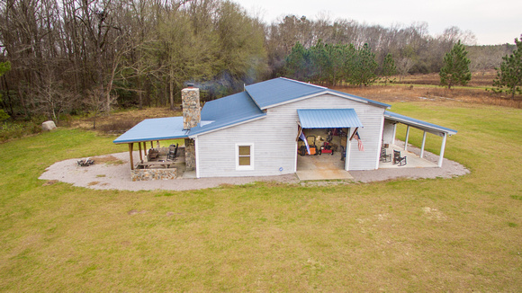 Hunting Lodge with 180 acres on the Edisto River