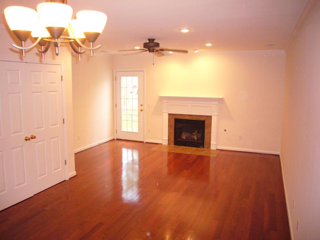 Hardwood Floors - Upgrade