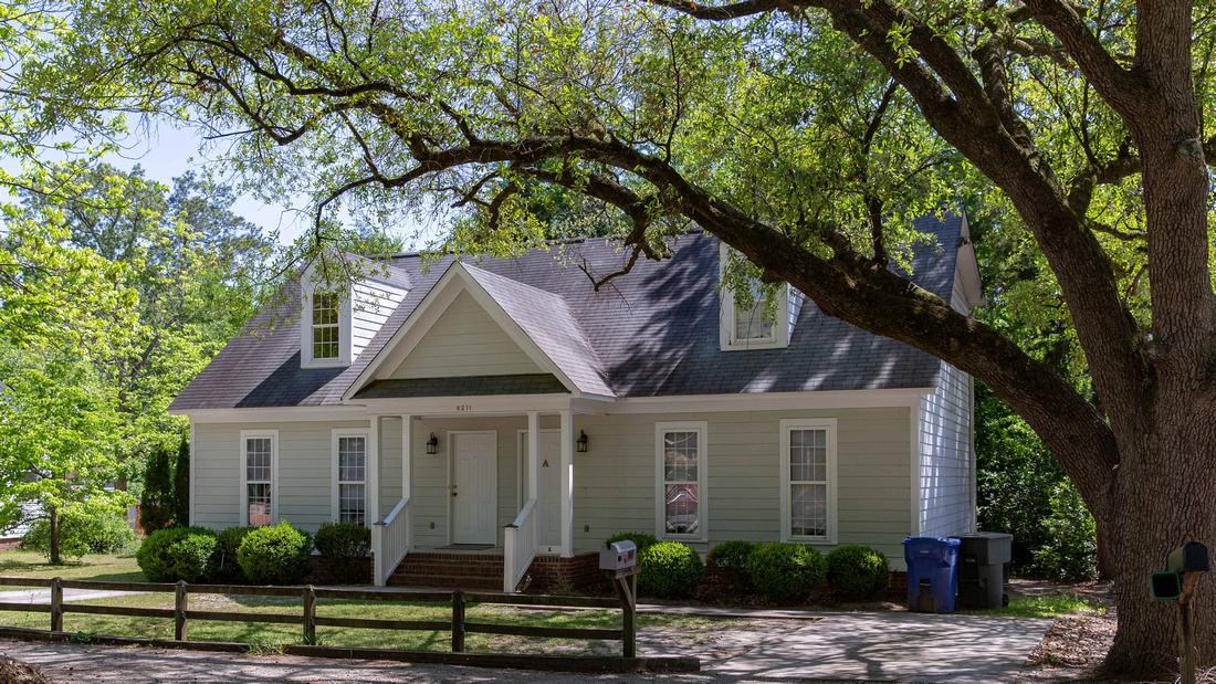 Duplex For Sale - 6211 Woodlawn Ave, Columbia, SC 29209